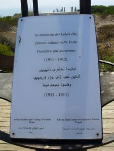 400px-Isole_Tremiti_-_Lapide_in_memoria_dei_libici